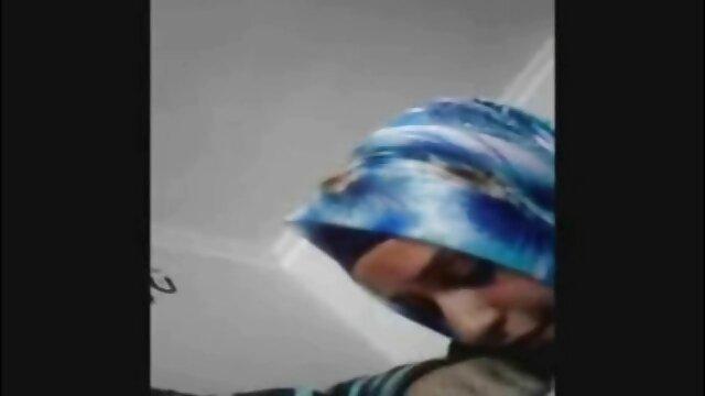 دختر ایرانی دوست دختر خود را در سمت فیلم های سکسی اچ دی راست الاغ